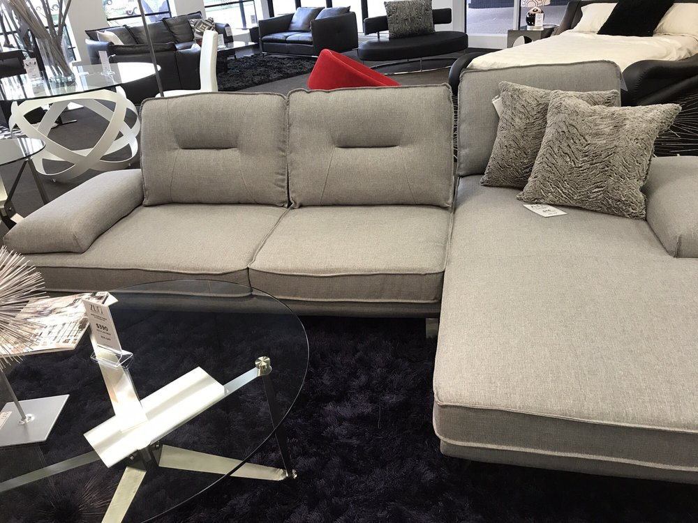 Photo Of Zuri Furniture   Dallas, TX, United States. The Seat Backs Move