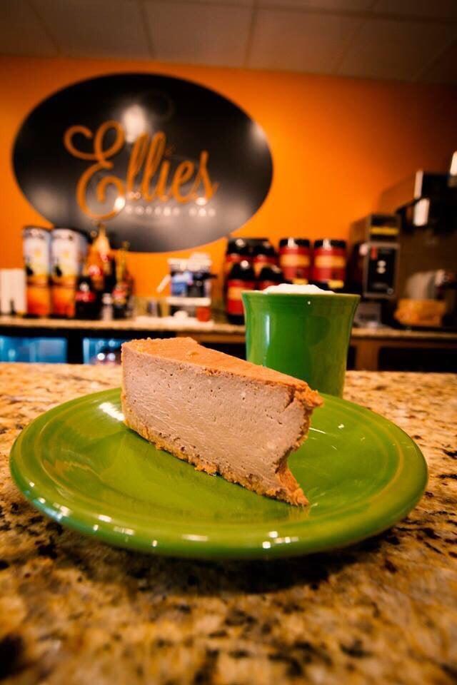 Ellie's Coffee Bar: 17 W 620 14th St, Oakbrook Terrace, IL