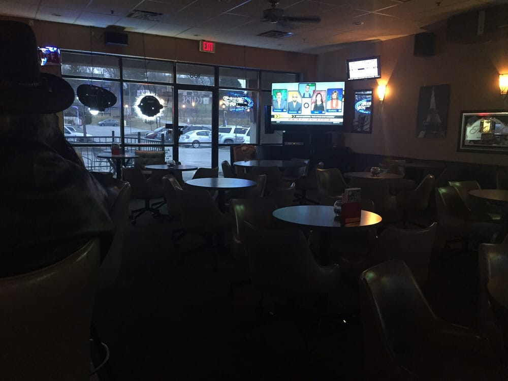 Eclipse Tavern: 1201 S 157th St, Omaha, NE