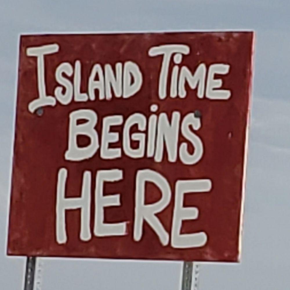 Cutting Ties Salon: 5465 Pine Island Rd, Bokeelia, FL