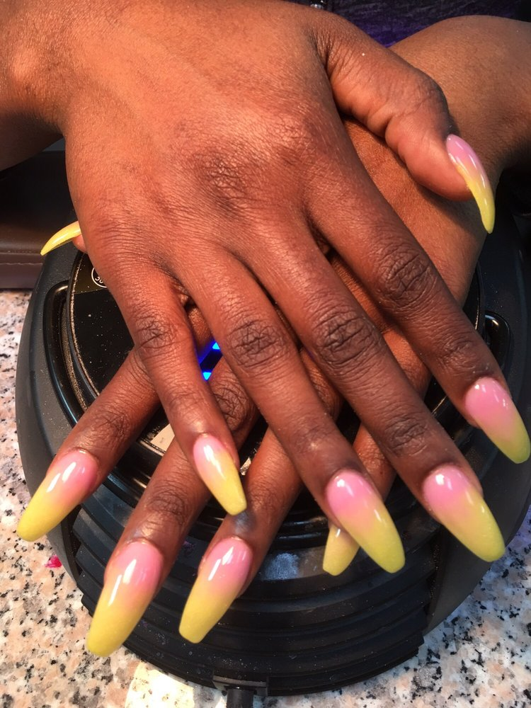 Top Nails: 2194 Iowa Blvd, Vicksburg, MS