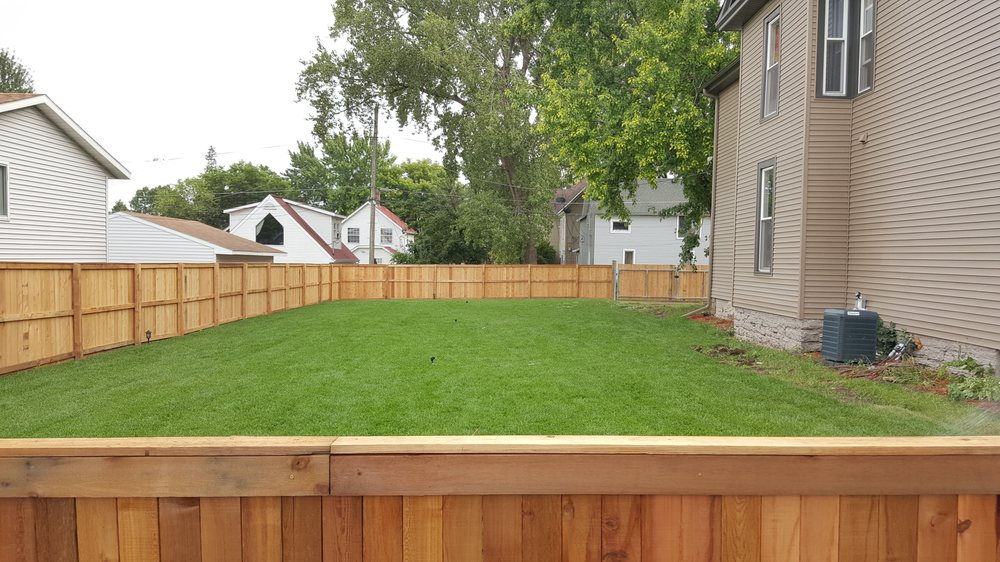 Fentons Lawn and Landscape: 7948 Edgewood Dr, Mounds View, MN
