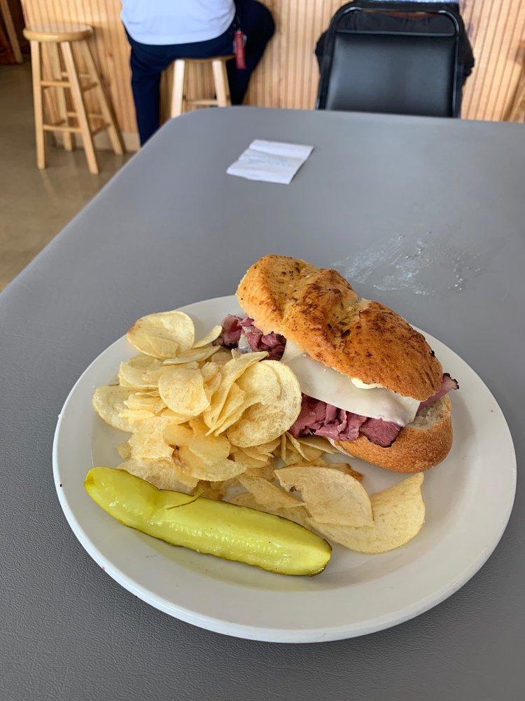 NY Deli & Diner: 3325 US-441, Fruitland Park, FL