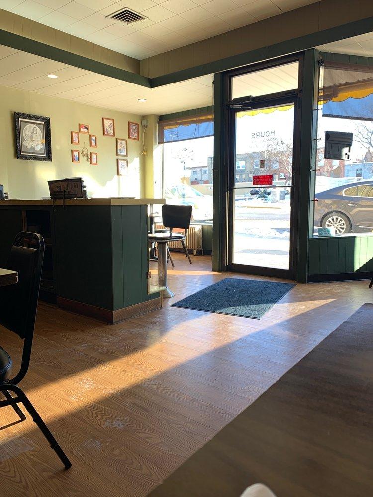 Nancy's Cafe: 120 S Washington Ave, Albert Lea, MN