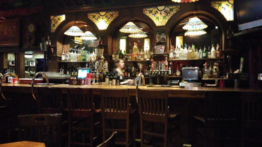 Alaskan Hotel & Bar