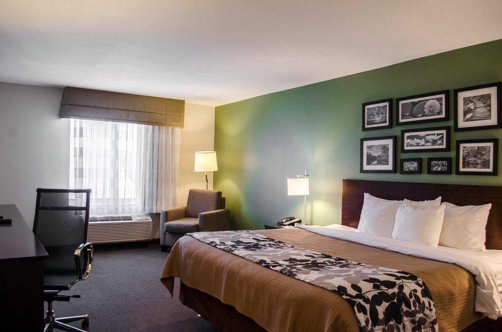 Sleep Inn & Suites: 78 Liberty Hill Place, Evergreen, AL