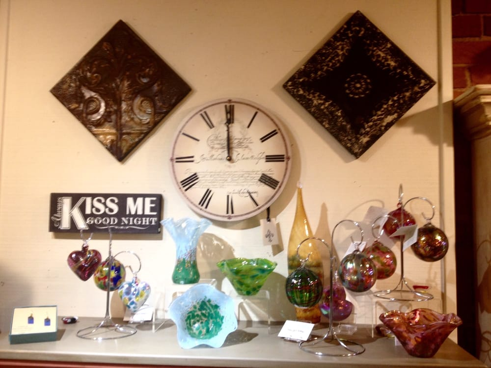 Willowcreek Gifts: 115 W California St, Jacksonville, OR