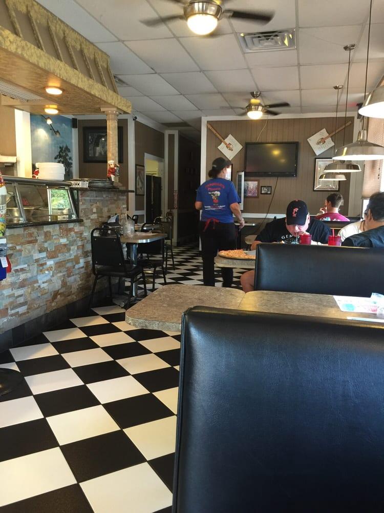Pasquale S Pizzeria Closed 10 Photos 53 Reviews Italian 113 Cypress Gardens Blvd