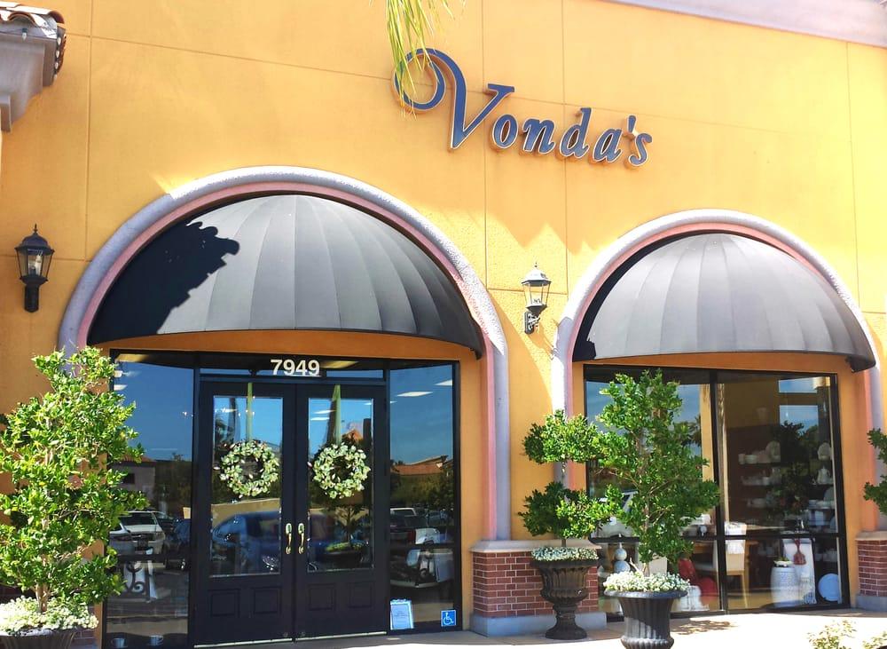 Vonda's