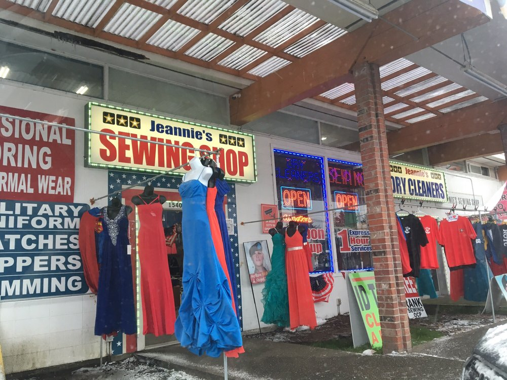 Jeannies Sewing Shop: 15401 Union Ave SW, Lakewood, WA