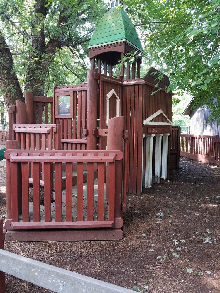 Social Spots from Poteet Park