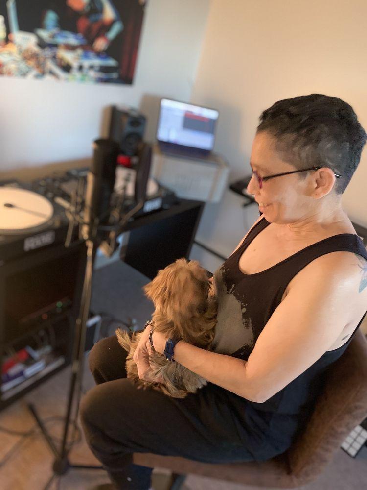 Linda's Critter Corral: 73 Bessom St, Lynn, MA