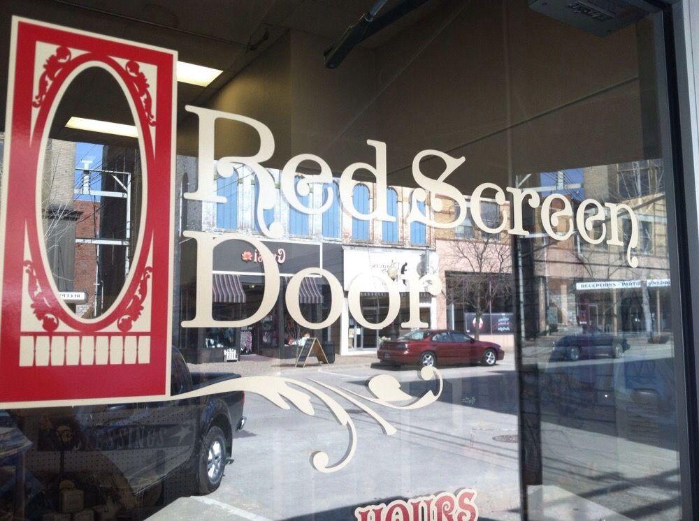 Red Screen Door: 301 Jefferson St, Burlington, IA