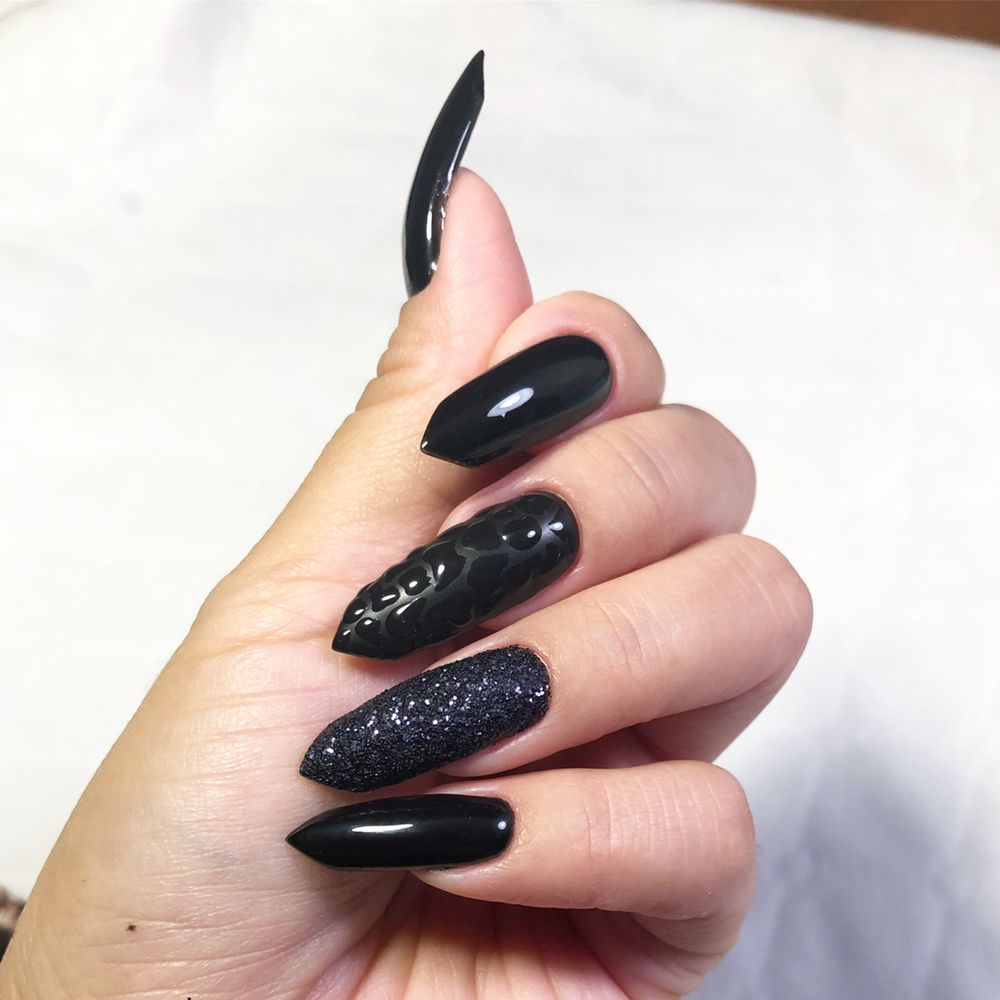 Paj's Nails & Micro-blading: 605 Research Rd, North Chesterfield, VA