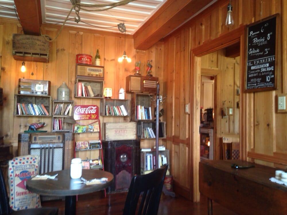 magasin g n ral le brun musei 192 du pied de la cote route maskinonge qc canada numero. Black Bedroom Furniture Sets. Home Design Ideas