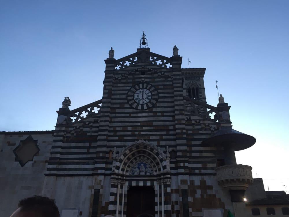 Piazza del duomo 11 foto monumenti luoghi storici e d for Piazza duomo prato