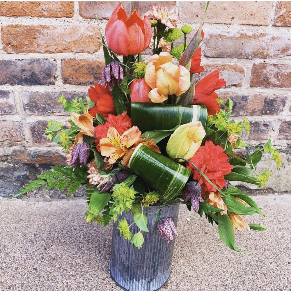 Calumet Floral & Gifts: 221 5th St, Calumet, MI