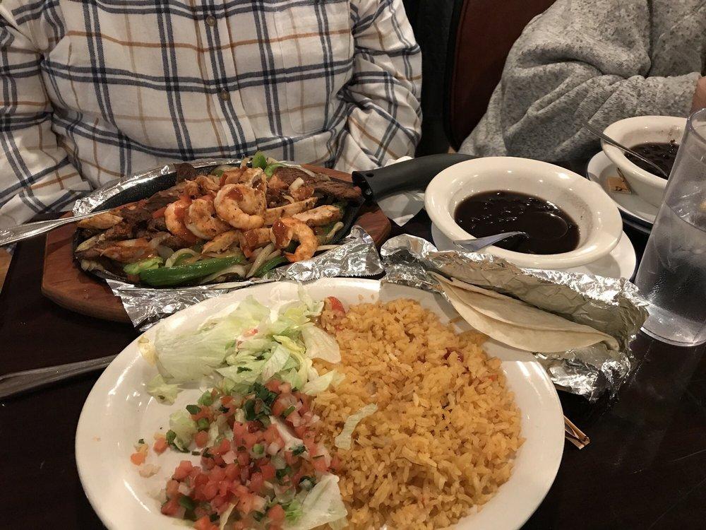 Plaza Nueva Mexican Grill: 7106 Biddulph Rd, Brooklyn, OH