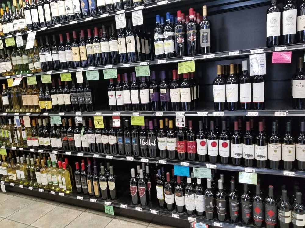 Spec's Wines, Spirits & Finer Foods: 15055 Inwood Rd, Addison, TX