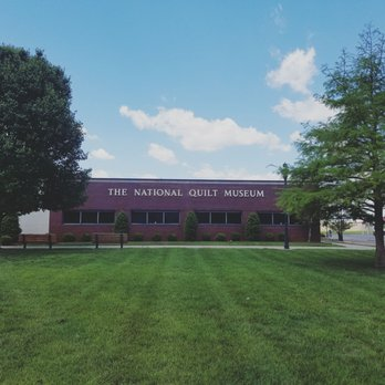The National Quilt Museum - 39 Photos & 25 Reviews - Museums - 215 ... : quilt museum kentucky - Adamdwight.com