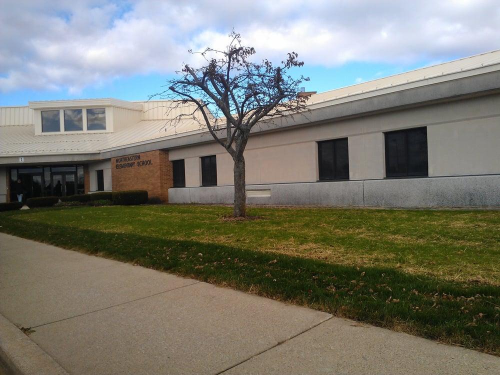 Northeastern Wayne Schools: 314 W Main St, Fountain City, IN
