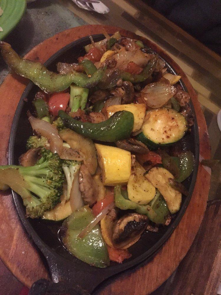 Los Portales Mexican Restaurant: 84 Commerce Blvd, Benton, KY