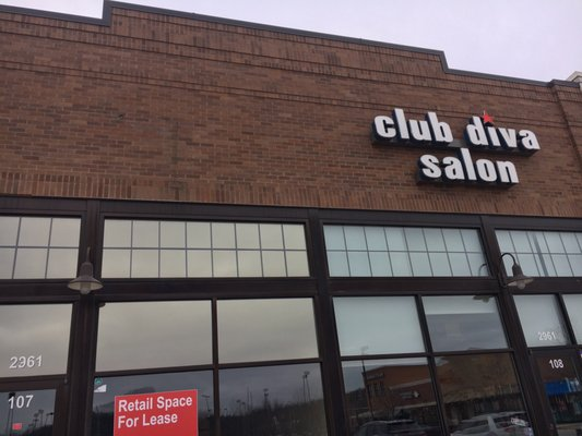 Club diva salon salones de belleza 2961 dougherty for Salon saint louis dammartin en goele