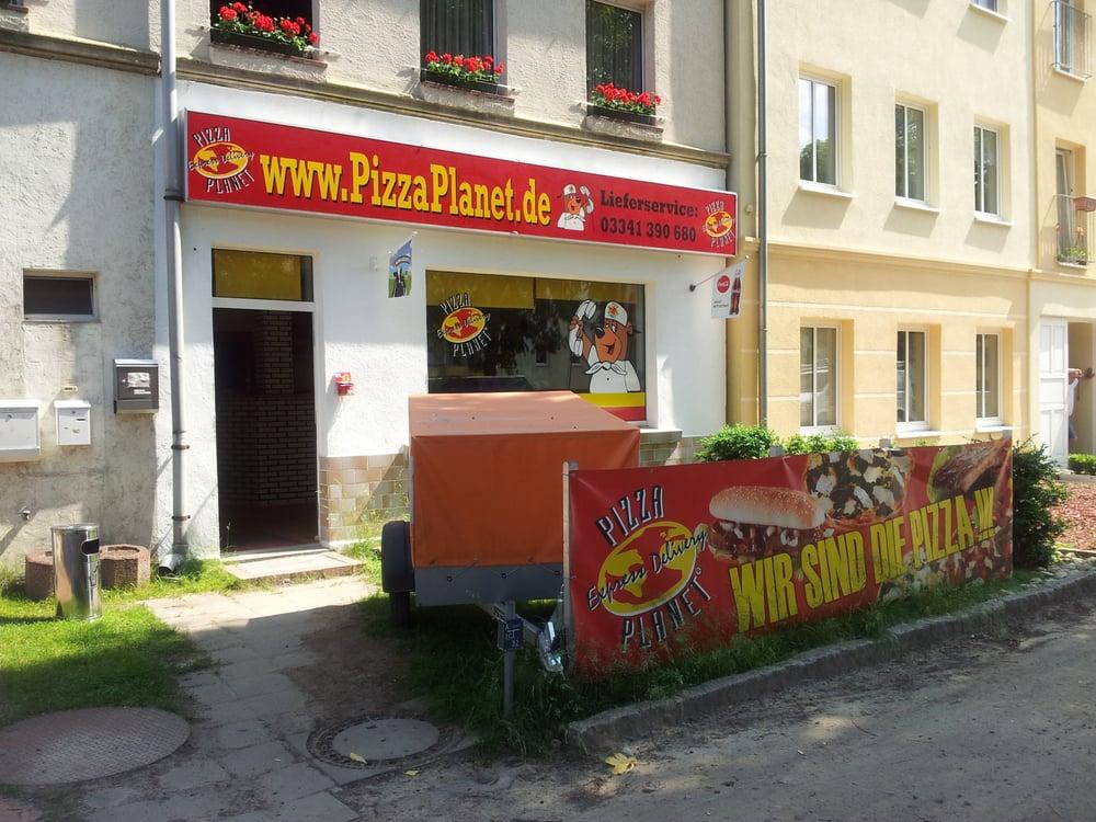 pizza planet pizza herrenseeallee 15 strausberg brandenburg germany restaurant reviews. Black Bedroom Furniture Sets. Home Design Ideas