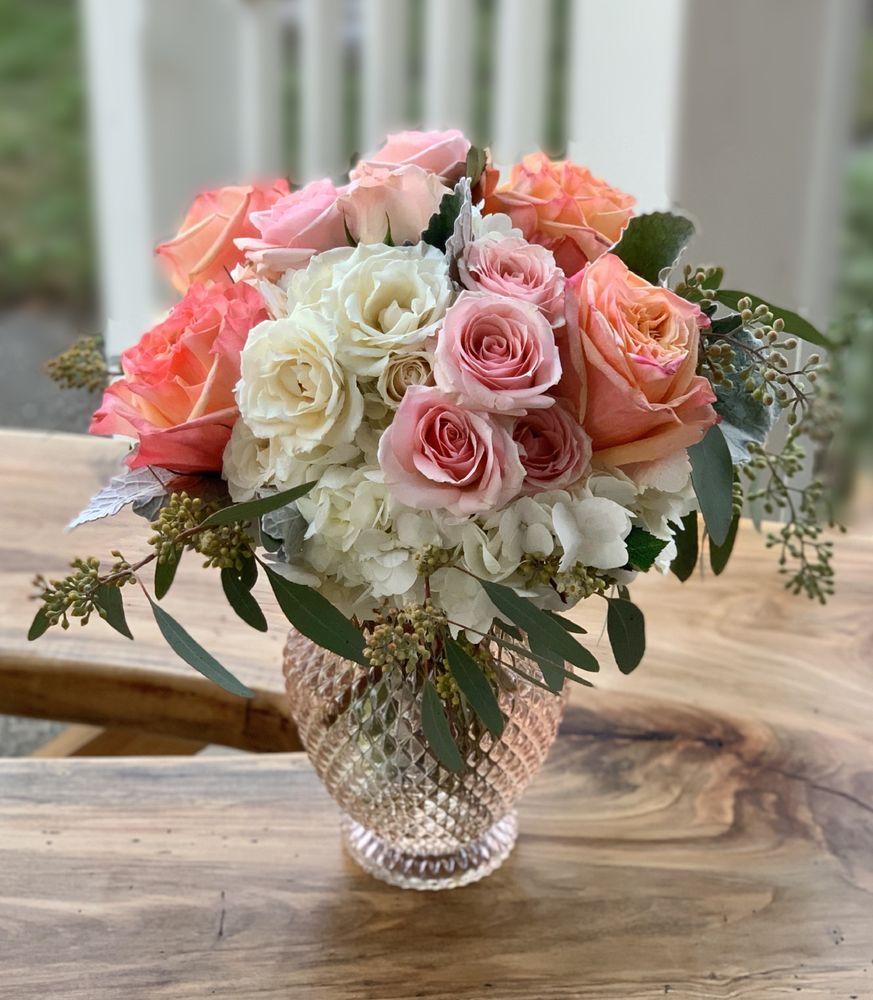 Florist of Covington: 2640 N Hwy 190, Covington, LA
