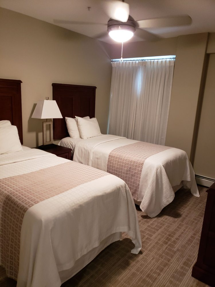 2 Bedroom Suites In Savannah Ga: Twin Beds In 2 Bedroom Suite @canterra Suites