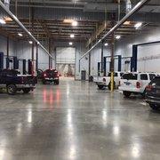 findlay chrysler jeep dodge ram 16 photos 44 reviews auto repair 25600 sw parkway center. Black Bedroom Furniture Sets. Home Design Ideas