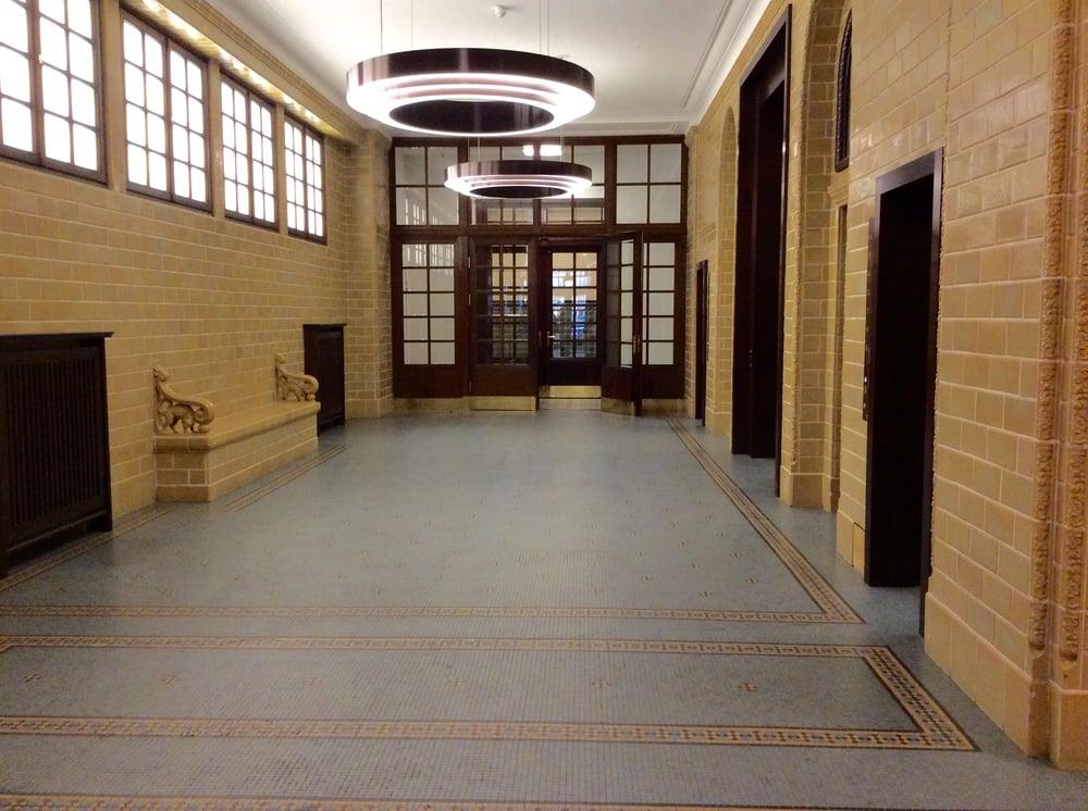 Gutrufhaus bezienswaardigheden en historische gebouwen for Ligne roset hamburg neuer wall