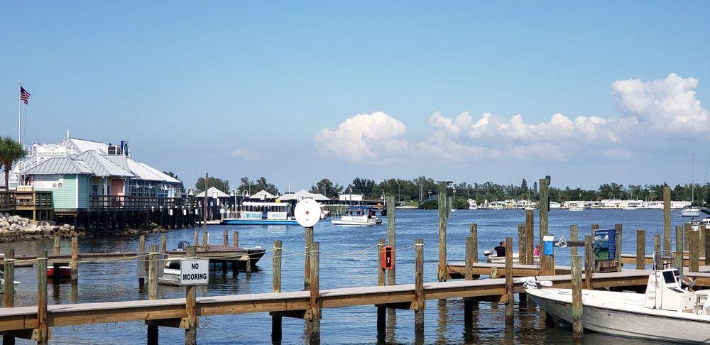 Anna Maria Island Beach: 4002 Gulf Dr, Holmes Beach, FL