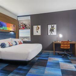 Aloft Greenville Downtown - 88 Photos & 46 Reviews - Hotels - 5 ...