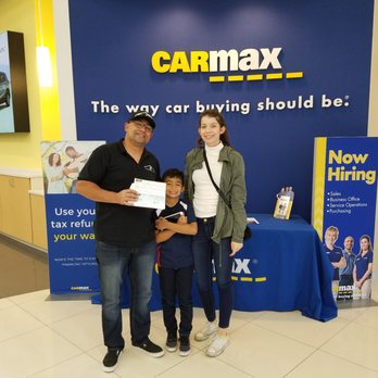 CarMax - 14 Photos & 32 Reviews - Used Car Dealers - 44100 Christy ...