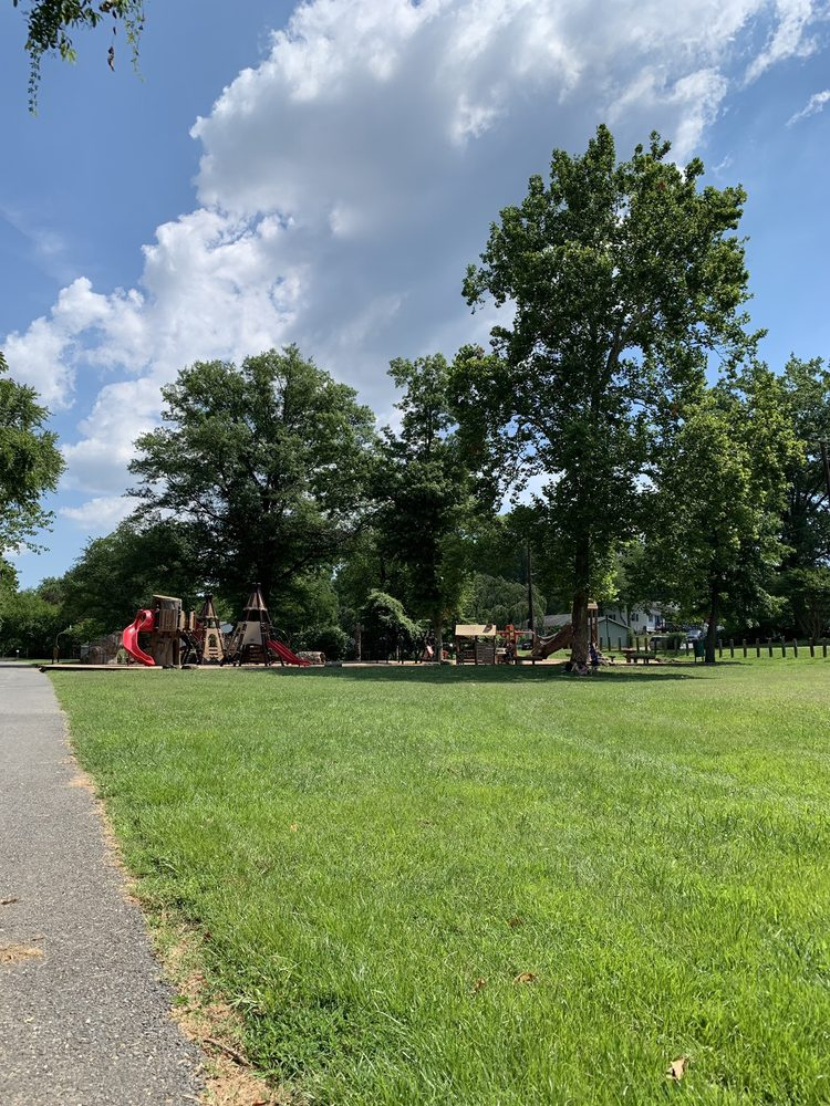 Indian Creek Playground: 56th Ave & Seminole St, Berwyn Heights, MD