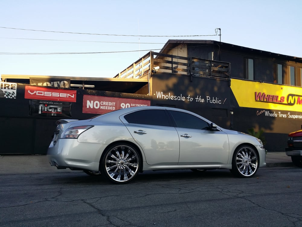 Watch also Watch additionally Nissan Altima 2008 Rims further Infiniti M56 Wheels 6 moreover 10748. on 2012 maxima 22 inch rims
