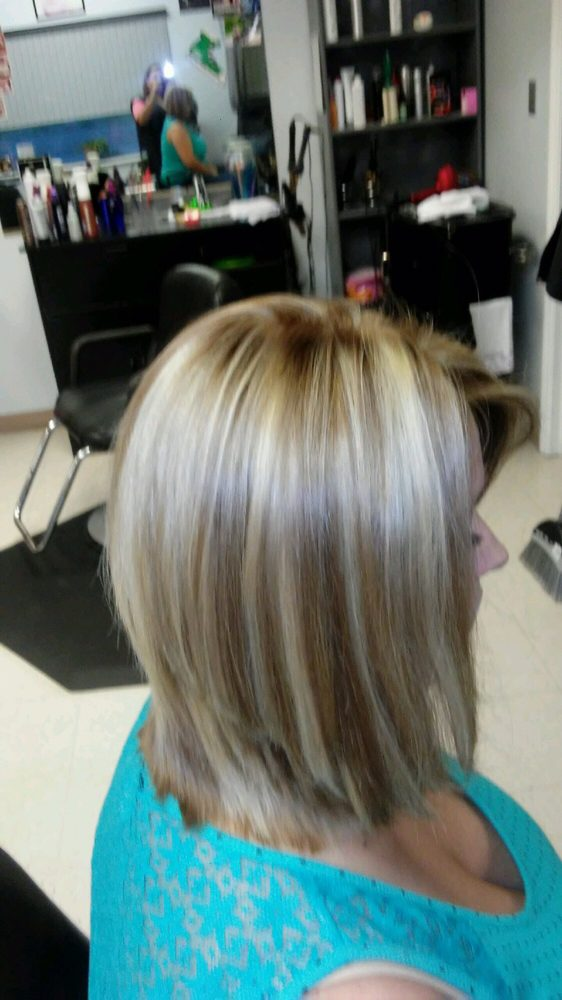Light Brown With Chunky Blonde Highlights Erin Yelp