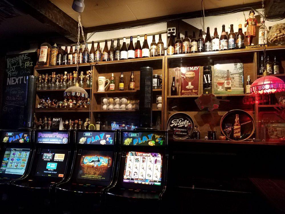 Sir James Pub: 316 N Franklin St, Port Washington, WI