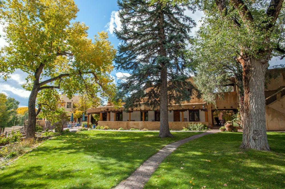 Inn on La Loma Plaza: 315 Ranchitos Rd, Taos, NM