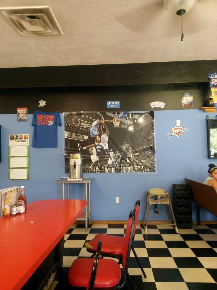 Main Street Grill: 219 S Main St, Hobart, OK