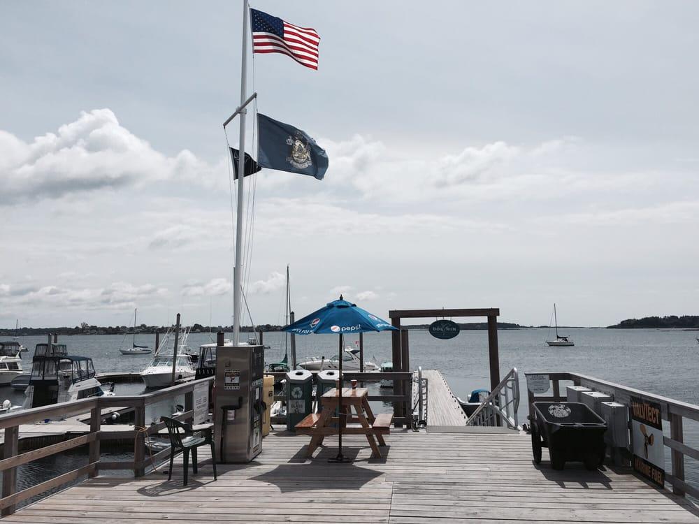 Dolphin Marina Restaurant Reviews