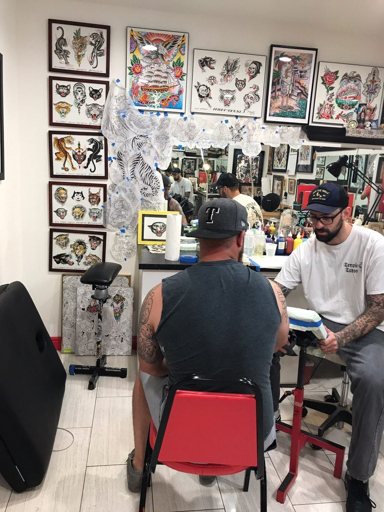 Elm street tattoo 78 photos 76 reviews tattoo 2811 for Best tattoo shops in dallas