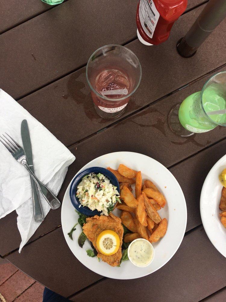 O. C. White's Restaurant: 118 Avenida Menendez, Saint Augustine, FL