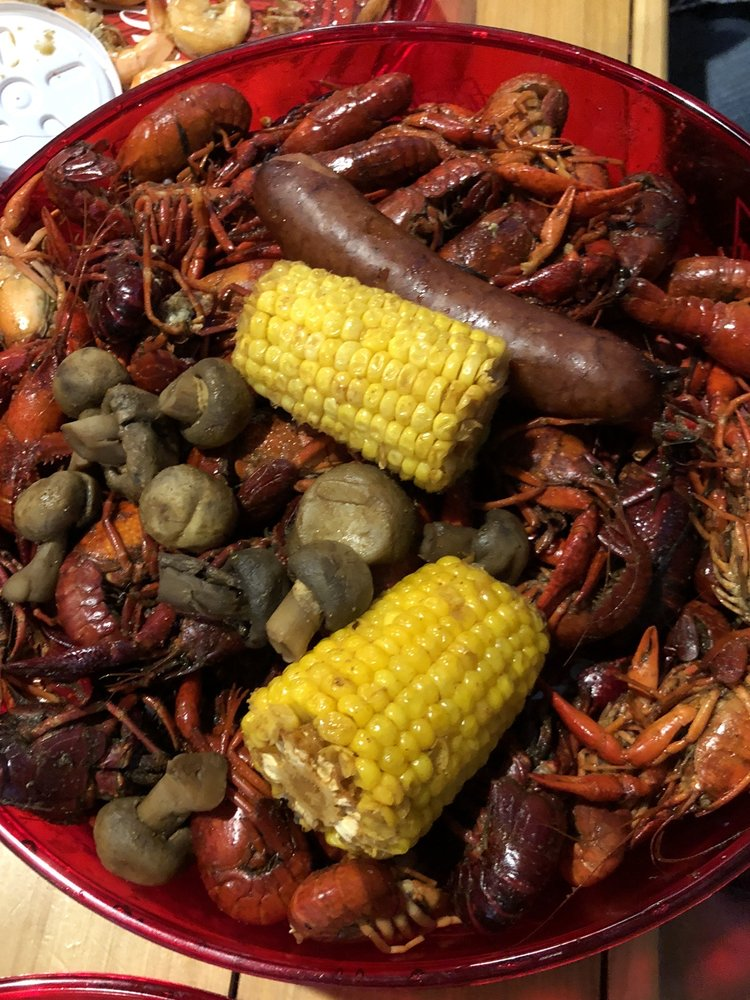 Mudbugs: 151 West Government St, Brandon, MS