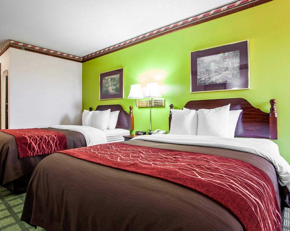 Quality Inn: 610 East Springfield, Arcola, IL