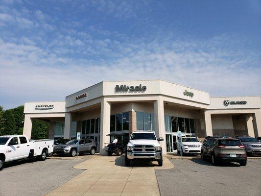 Dodge Dealership Nashville Tn >> Miracle Chrysler Dodge Jeep Ram 1290 Nashville Pike Gallatin, TN Car Service - MapQuest