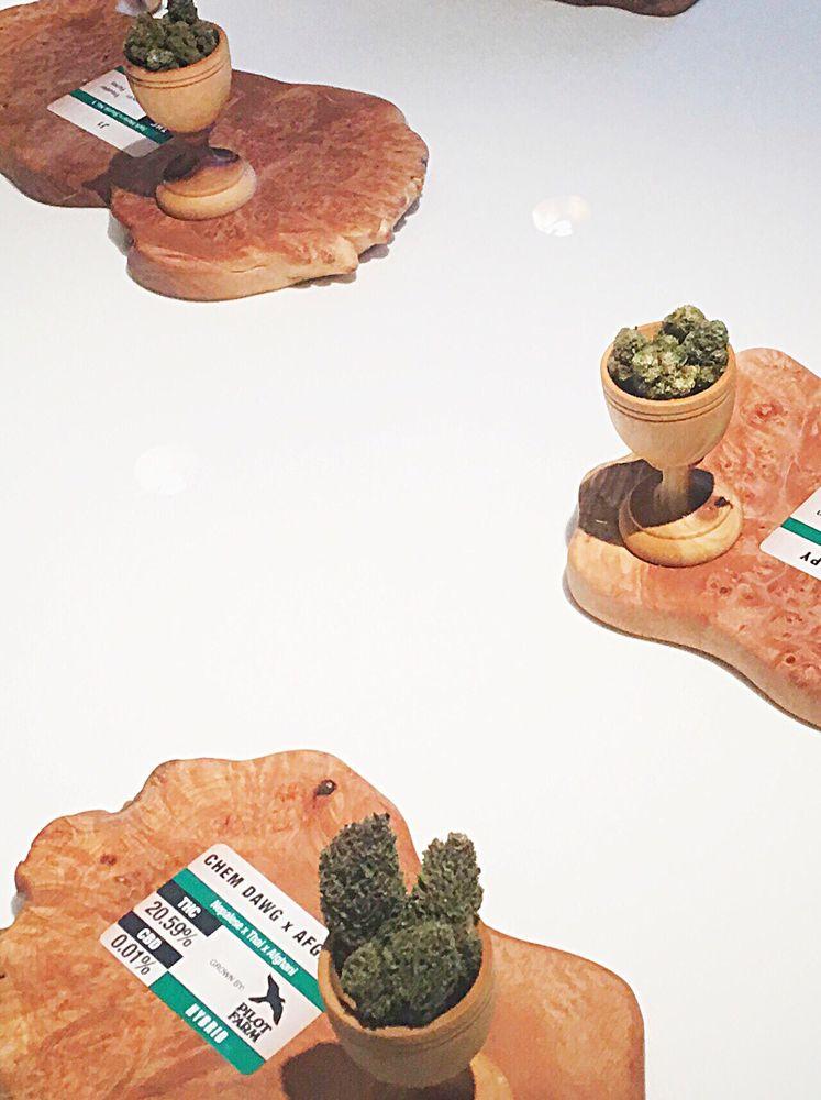 Chalice Farms Recreational Marijuana Dispensary - Tigard: 16735 SW Pacific Hwy, Portland, OR