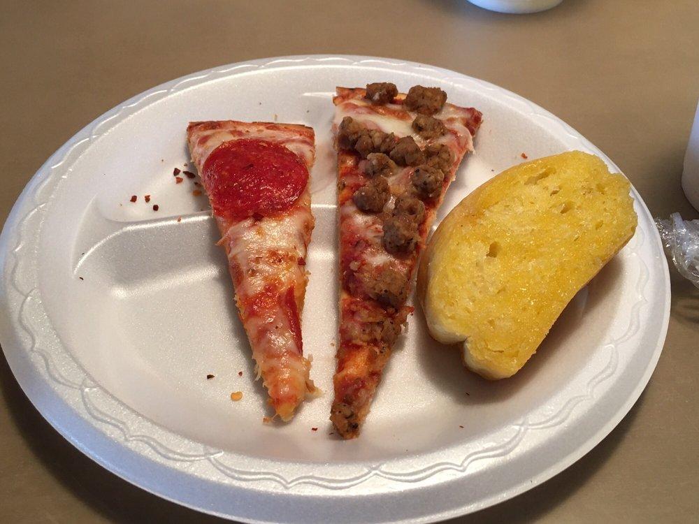 Pasquale's Pizza & Pasta: 215 Fieldstown Rd, Gardendale, AL
