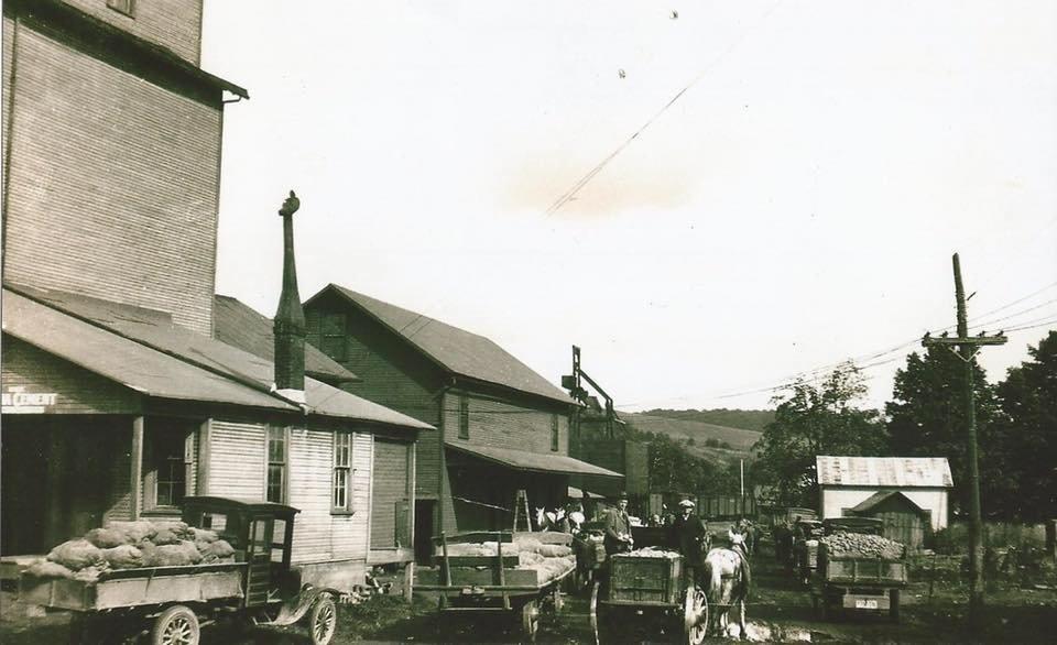 Elzy Milling & Trade: 25 E Ogle St, Bellville, OH